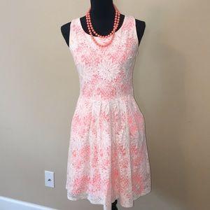 Xhiliration lace dress sz M